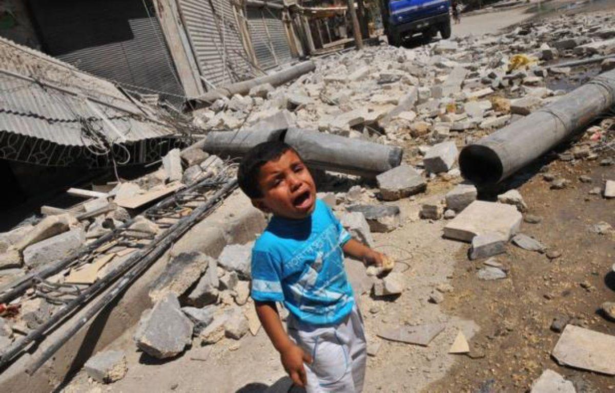 La mandat de la mission des observateurs de l'ONU en Syrie, la Misnus, déployée en avril pour surveiller un cessez-le-feu jamais respecté, s'est achevée officiellement aux premières heures lundi, au lendemain d'une rare apparition publique de Bachar al-Assad. – Bulent Kilic afp.com