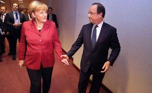 Angela Merkel et François Hollande lors du sommet européen de Bruxelles le 24 octobre 2013.
