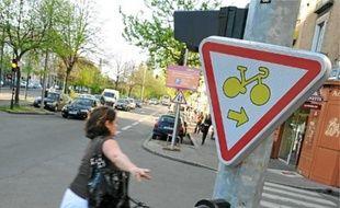 A Nantes, les cyclistes peuvent déjà passer au rouge s'ils tournent à droite.