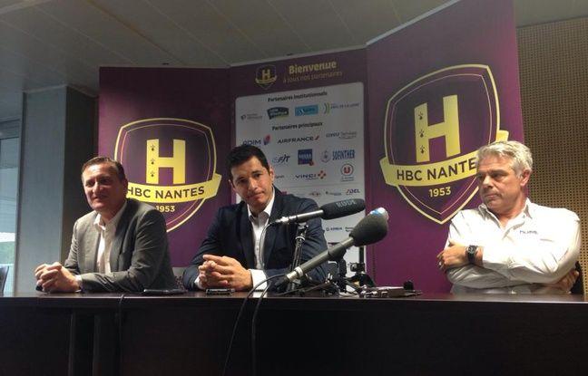 Alberto Entrerrios, entouré du président Gaël Pelletier (à gauche) et de son coach Thierry Anti.