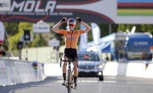 Van der Breggen remporte le titre
