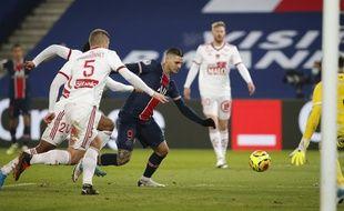 Mauro Icardi a marqué quelques minutes seulement après son entrée en jeu contre Brest.