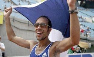 Champion d'Europe l'an dernier à Göteborg (Suède), Diniz avait mis la marche sur le devant de la scène. Il a, dans des conditions difficiles (chaleur humide), couru autant avec sa tête qu'avec ses jambes, seulement battu par l'Australien Nathan Deakes, détenteur du record du monde.
