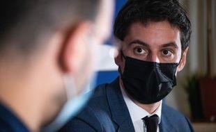 Gabriel Attal, dans les locaux de 20 Minutes, le 12 février 2021.