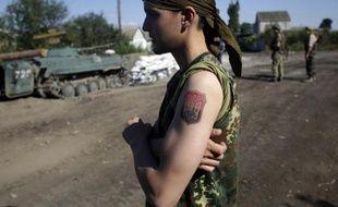 Un soldat ukrainien près de Lougansk (Ukraine) le 20 août 2014