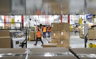 Un entrepôt d'Amazon à Boves, près d'Amiens.