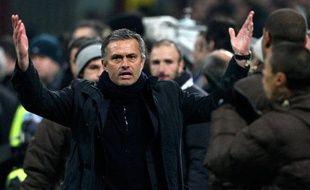 .. Ses entraîneurs qui ont un melon gros comme ça, oui, on parle de toi, Jose Mourinho...