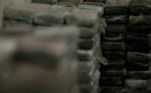 Saisie le 21 septembre 2013 de 1,3 tonne de cocaïne à bord d'un cargo d'Air France sur l'aéroport de Roissy