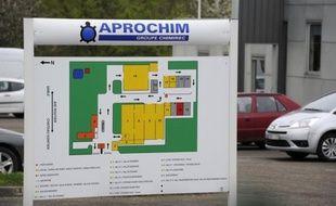 Les premiers résultats sanguins des riverains de l'usine Aprochim, en Mayenne, montrent des taux d'imprégnation au PCB (polychlorobiphéniles) dans les normes, après une campagne de tests menées par l'Agence régionale de santé en raison d'une pollution au pyralène, selon les informations recueillies par l'AFP mercredi.