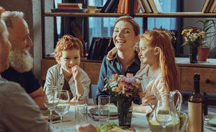 Repas en famille (Illustration)