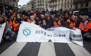 Manifestation contre la réforme des retraites, le 10 janvier à Paris.