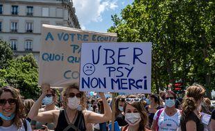 Près de 900 professionnels ont manifesté ce jeudi à Lyon