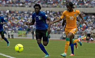 La Côte d'Ivoire est la première équipe qualifiée pour les play-offs de la zone Afrique de qualifications pour la Coupe du Monde 2014 après son succès contre la Tanzanie 4 à 2, dimanche