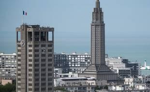 Le Havre et son hôtel de ville, à gauche. (archives)