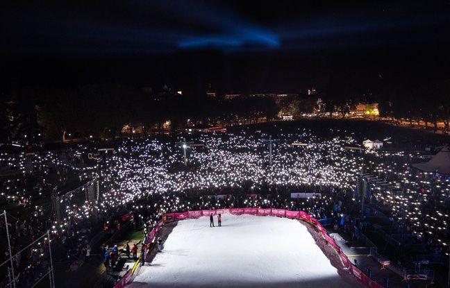 La foule était vraiment colossale, samedi soir au bord du lac d'Annecy, pour assister au Sosh Big Air.