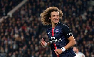 PSG's David Luiz, reacts during his French League One soccer match against Marseille, at the Parc des Princes stadium in Paris, France, Sunday, Oct. 4, 2015. (AP Photo/Thibault Camus)/XTC126/483472206333/1510042322