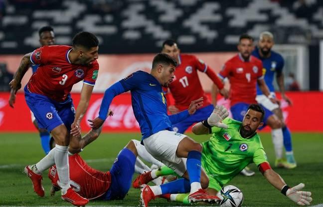 Le 3 septembre, Bruno Guimaraes a participé à la victoire (0-1) du Brésil au Chili lors des éliminatoires au Mondial 2022. CLAUDIO REYES / POOL