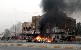 Une quarantaine de personnes ont été tuées et une centaine blessées dans l'explosion de 11 voitures piégées mardi dans des quartiers à majorité chiite de Bagdad, selon des sources sécuritaires et médicales.