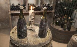 Jura: Trois des «plus vieilles bouteilles de vins du monde en circulation» aux enchères (Illustration)