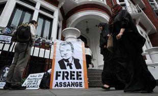 Julian Assange a trouvé refuge le 19 juin à l'ambassade d'Equateur à Londres et son éventuelle exfiltration, dans le cas où Quito déciderait de lui accorder l'asile politique, a des allures de vrai casse-tête selon les experts.