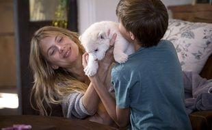 Mélanie Laurent dans Mia et le lion blanc de Gilles de Maistre