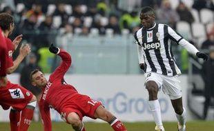 La Juventus a l'occasion d'assommer le championnat en cas de victoire vendredi à Naples, son dauphin qui pointe à six longueurs dans le sommet de la 27e journée du championnat.