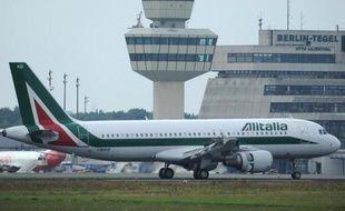 Les heures de la compagnie low cost sicilienne Windjet, au bord de la faillite et dont les vols ont été interrompus, sont comptées alors que les négociations en vue d'un rachat par Alitalia étaient dans l'impasse mardi soir.