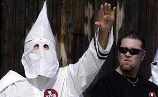 Une femme qui tentait de fuir un rite initiatique du Ku Klux Klan (KKK) a été tuée par le responsable local du groupe dans les marais de Louisiane (sud) en 2008.