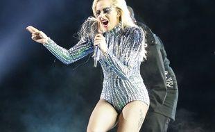 Lady Gaga sur la scène du Super Bowl