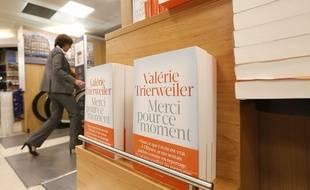 """""""Merci pour ce moment"""" est déjà en rupture de stock dans la plupart des librairies."""