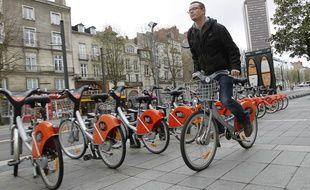 Les Bicloo, vélos en libre-service à Nantes, sont actuellement gérés par JC Decaux.