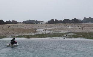 L'archipel de Chausey, dans la Manche, à marée basse, le 19 mars 2015.