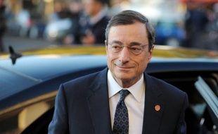 """Le gouverneur de la Banque d'Italie et futur président de la BCE, Mario Draghi, a assuré mercredi que les banques italiennes seraient en mesure de répondre si besoin au """"nouveau défi"""" des recapitalisations."""