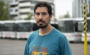 Abdelkader, 46 ans, chauffeur de bus, a tenté de raisonner et maîtriser l'assaillant ayant tué une personne et blessé huit autres à Villeurbanne.