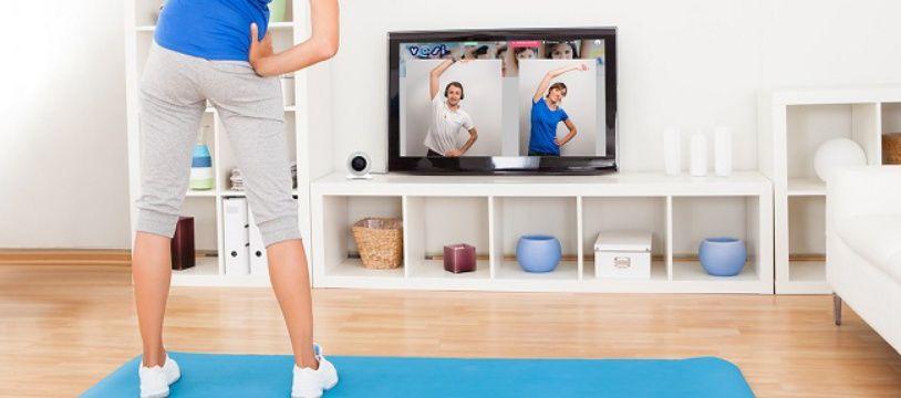 V@si permet de faire du sport depuis chez soi tout en étant suivi par un coach à travers la webcam.