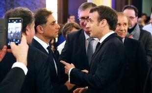 Emmanuel Macron avec le co-président du CCAF, Mourad Franck Papazian , le 5 février 2019.