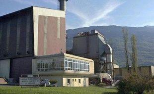 La cour d'appel de Chambéry a relaxé mercredi la société Novergie Centre-Est, une filiale de Suez-Environnement qui avait été condamnée en première instance pour avoir exploité un incinérateur de déchets en Savoie à l'origine d'une grave pollution à la dioxine dans les années 2000.