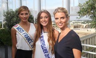 La nouvelle Miss Montpellier, Mathilde Barret, entourée de Sylvie Tellier (à droite) et Camille Cerf (à gauche).