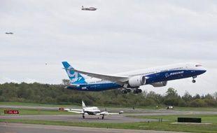 Vol test d'un Boeing 787-9 Dreamliner à Everett, Washington, le 17 septembre 2013