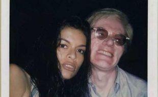 Autoportrait d'Andy Warhol avec Bianca Jagger, polaroïd