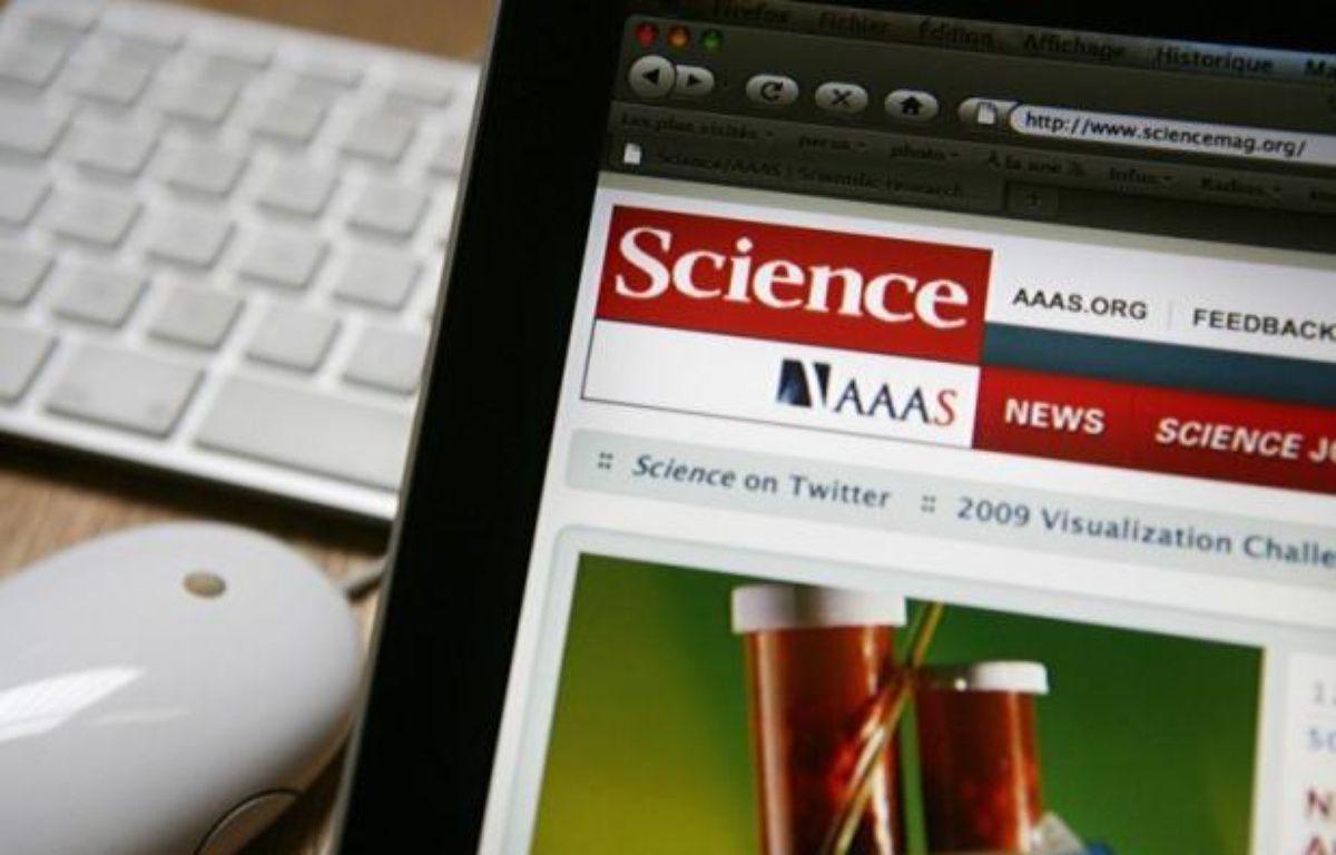 L'essai clinique ayant montré que les antirétroviraux permettaient d'éliminer quasiment le risque de transmission du virus du Sida par des séropositifs est, selon le palmarès annuel de la revue Science publié jeudi, l'avancée scientifique la plus importante de 2011. – Loic Venance afp.com
