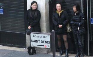 Des prostituées à Paris le 29 mars 2015