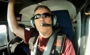 Capture d'écran d'une vidéo du pilote de l'avion.