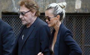 Johnny et Laetitia Hallyday le 1er septembre 2017 à l'enterrement de Mireille Darc