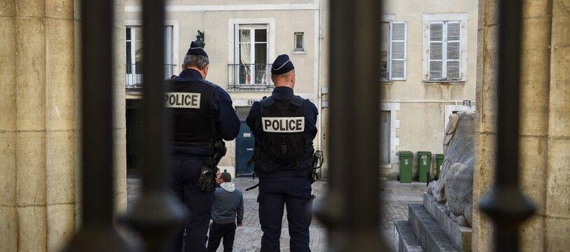 Un homme a été retrouvé mort dans un squat samedi à Orléans.