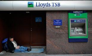 Un sans-abri à Londres, en Grande-Bretagne, le 13 octobre 2010.
