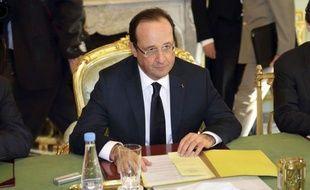 """Le Parlement décidera """"souverainement"""" si la France choisit d'ouvrir la procréation médicalement assistée (PMA) aux couples de lesbiennes, a tranché mercredi François Hollande, alors que ce sujet, exclu du projet de loi sur le mariage pour tous, a suscité un imbroglio gouvernemental."""