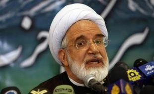 Le religieux réformateur Mehdi Karoubi a été le premier politicien dimanche a annoncé sa candidature à l'élection présidentielle de juin 2009 en Iran, dans l'espoir de ravir la place occupée par l'ultraconservateur Mahmoud Ahmadinejad.