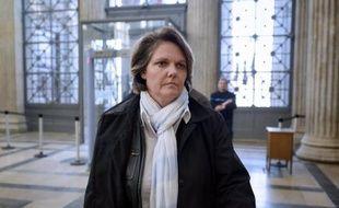 L'ancienne N.1 française Nathalie Tauziat, qui a affiché son soutien à son ex-entraîneur Régis De Camaret, condamné pour viol, a annoncé mardi qu'elle ne démissionnerait pas du Comité directeur de la Fédération française de tennis, comme demandé par la FFT.