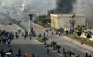 Des heurts ont opposé manifestants et policiers à Port-Saïd, en Egypte, le 27 janvier 2013.